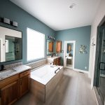 Bathroom Outlets: Quantity and Best Heights
