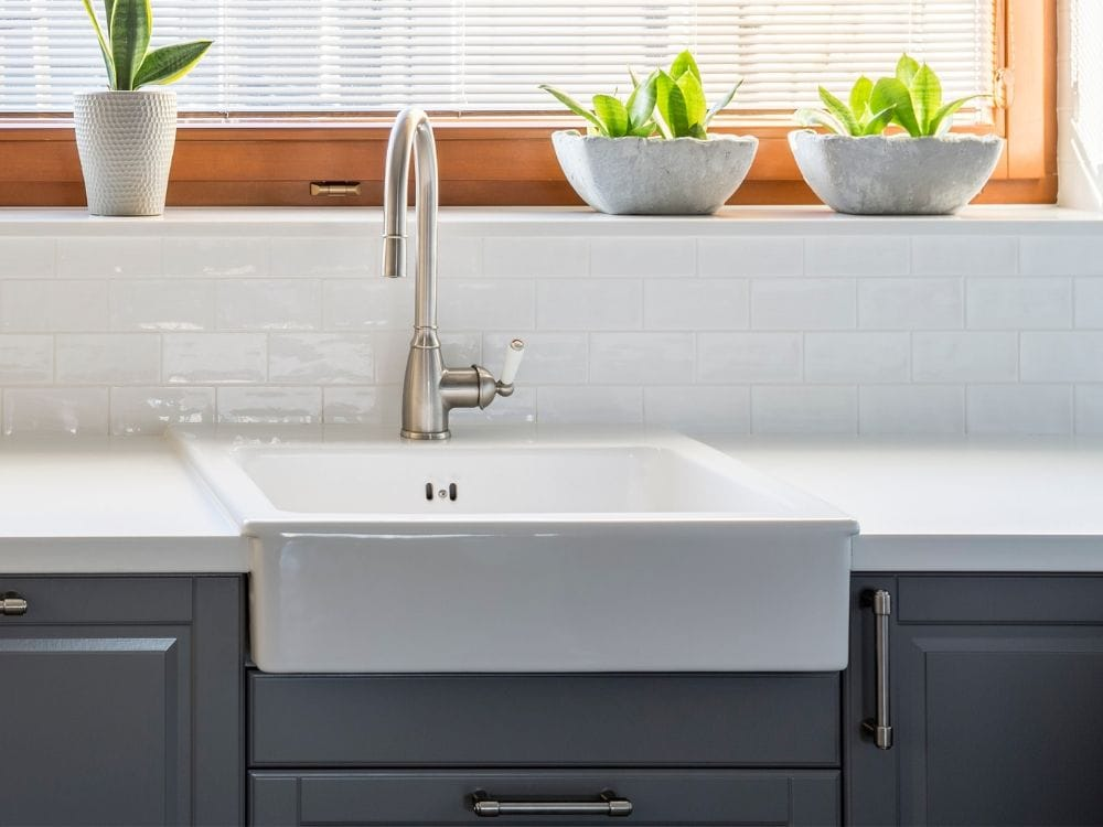 Can A Farmhouse Sink Be Used With A Laminate Countertop Farmhouse Guide