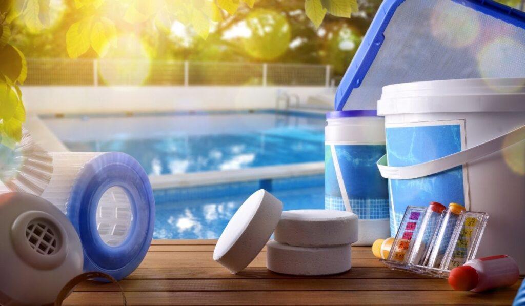 Chlorine pool equipment
