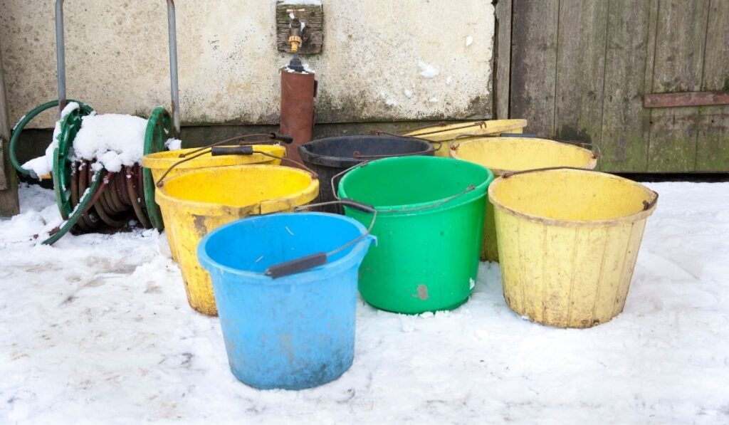 Keep Water Buckets From Freezing in Winter