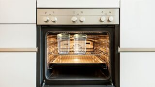 Mason-Jar-and-Oven
