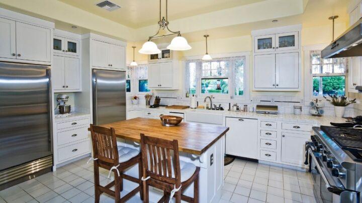 kitchen-setup-fridge-and-oven