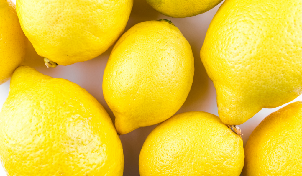 Close up picture of lemons